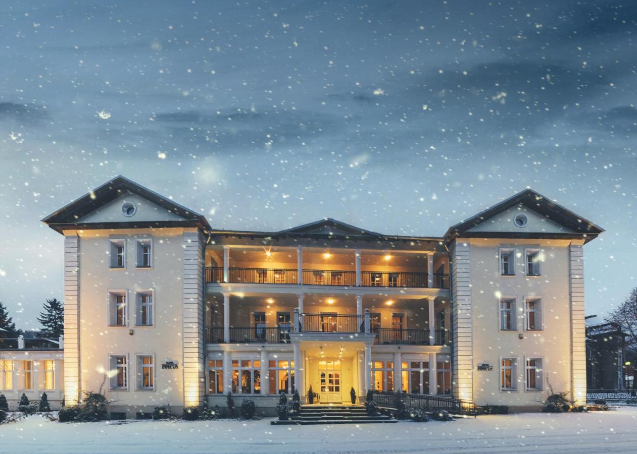 Отель  Hotel Impresja  - отзывы Booking