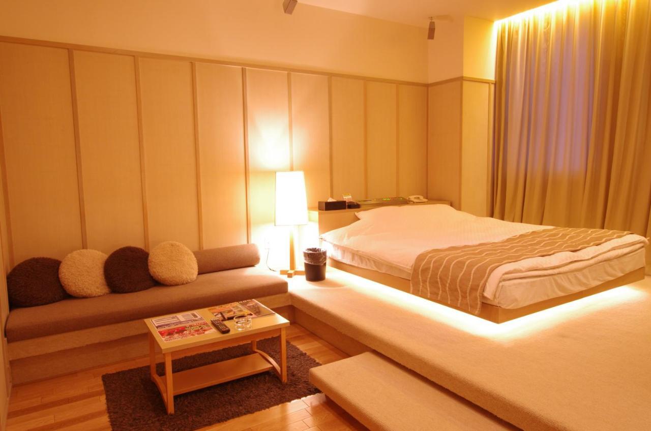 オクタ ブルー ホテル