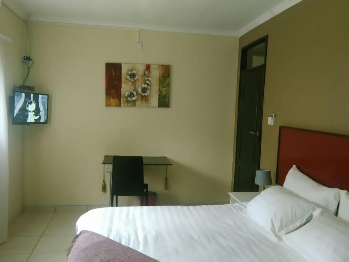 Отель типа «постель и завтрак»  Отель типа «постель и завтрак»  Ezzela House Bed & Breakfast