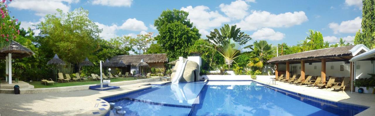 Курортный отель  Marcosas Cottages Resort
