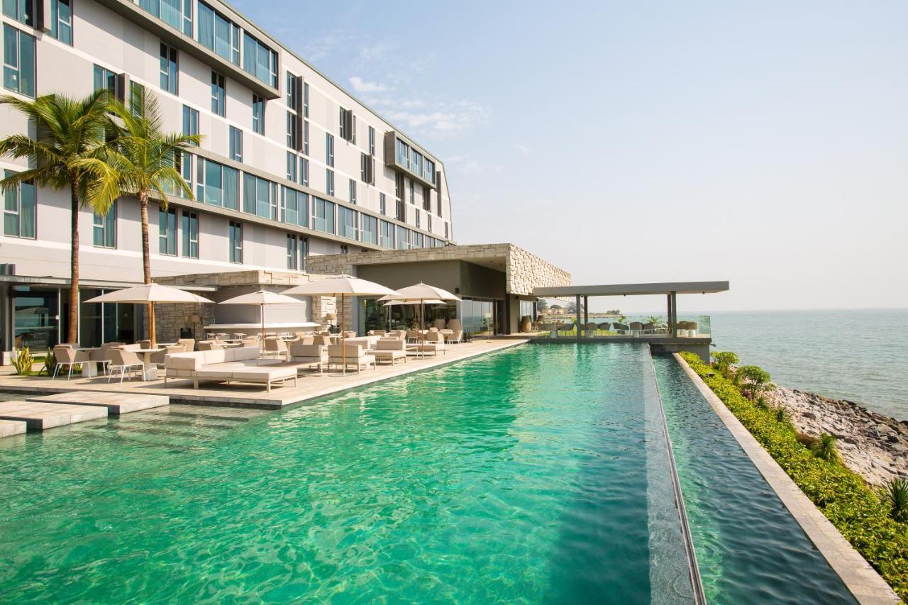 Отель Noom Hotel Conakry