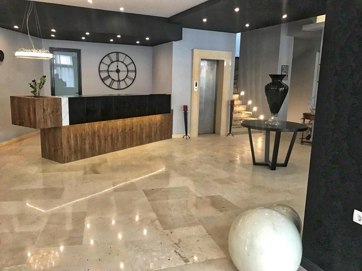 Отель  GQ Hotel & Club - Adults Only  - отзывы Booking