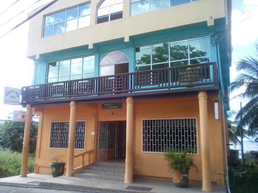 Отель  Отель  North Bay Inn