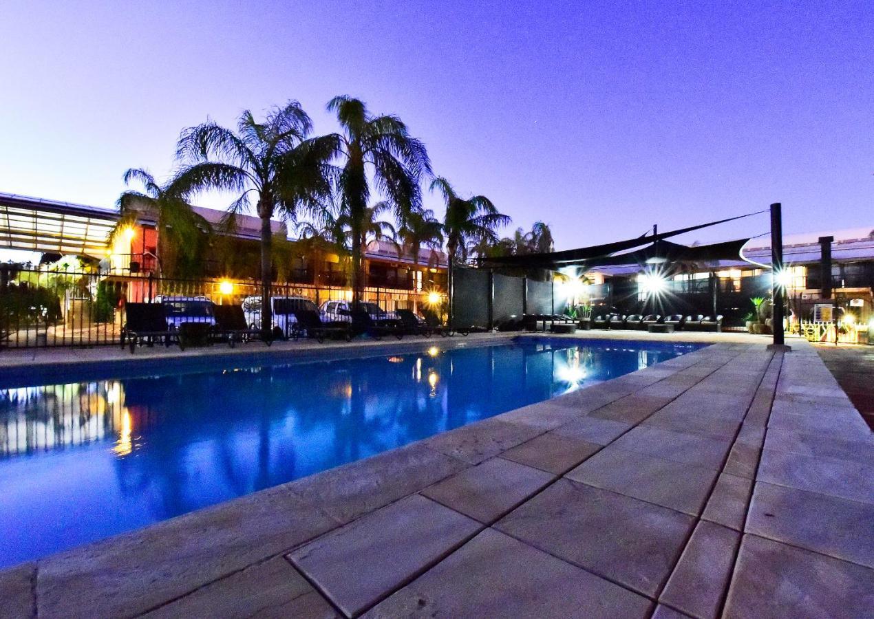 Мотель  Мотель  Diplomat Motel Alice Springs