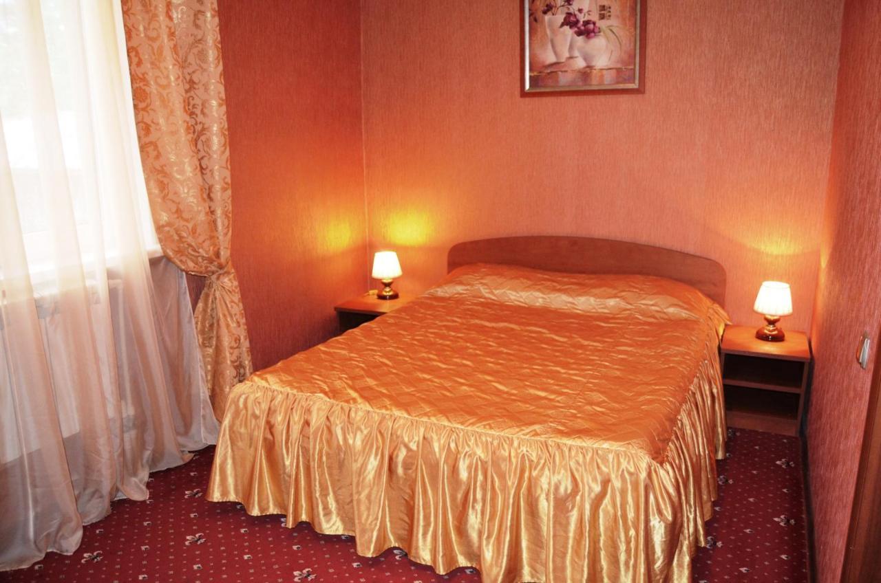 Мини-гостиница  Гостиница на Театральной  - отзывы Booking
