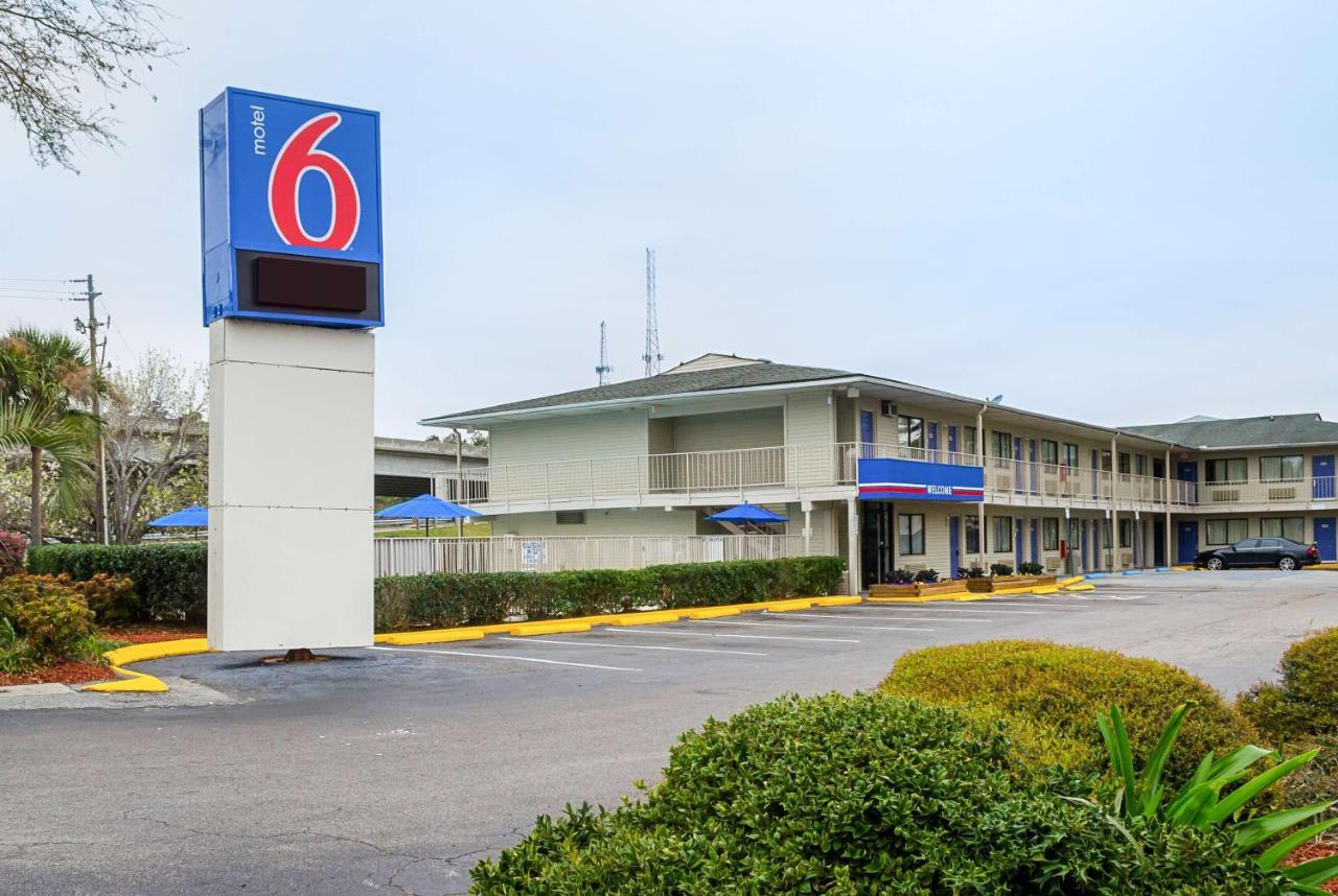 Отель  Motel 6-Charleston, SC - South