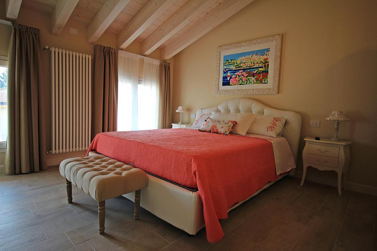 Отель типа «постель и завтрак»  B&B La Fiaba