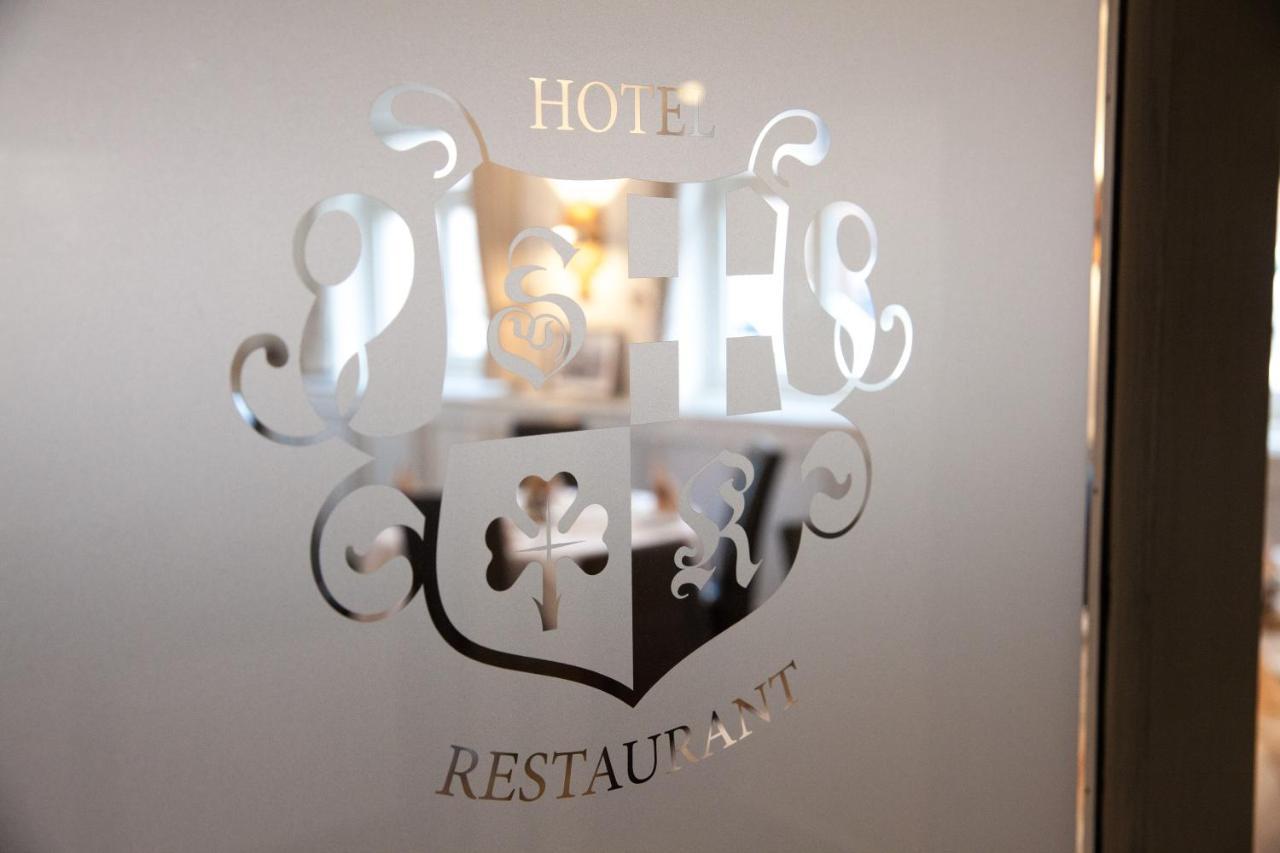 Отель  Hotel & Restaurant Schwarzes Kreuz