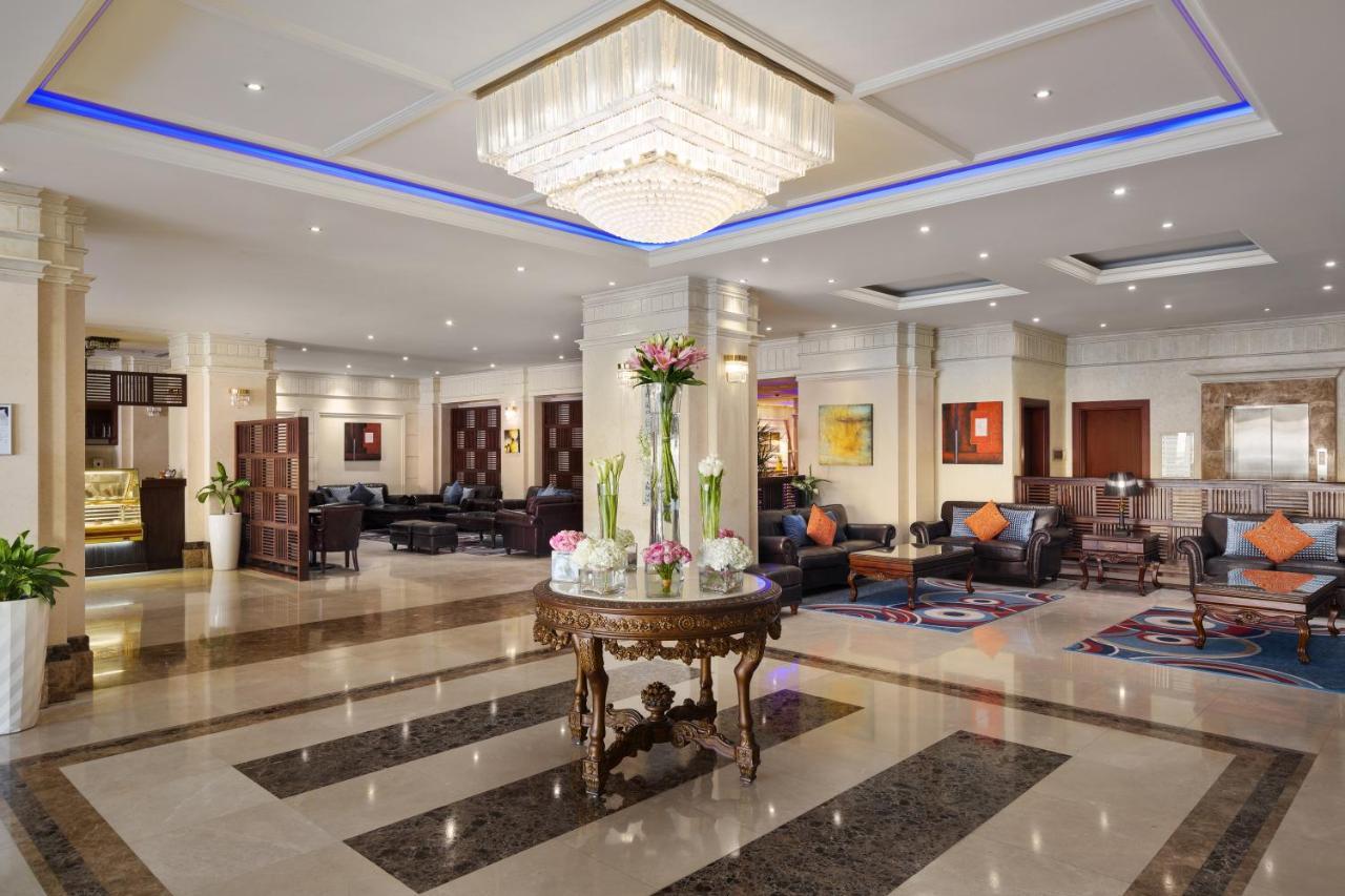Отель  Radisson Blu Hotel, Dhahran