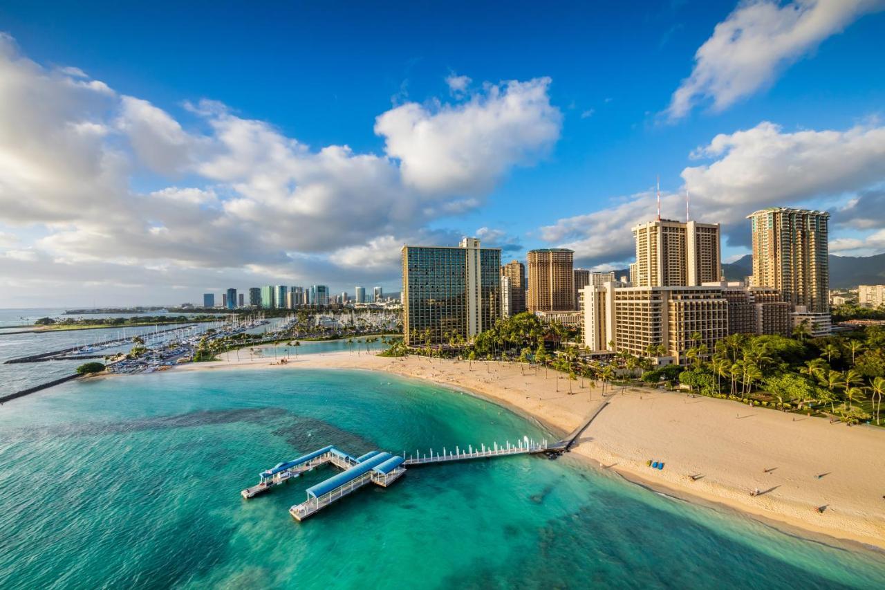 Курортный отель  Курортный отель  Hilton Grand Vacations Club At Hilton Hawaiian Village