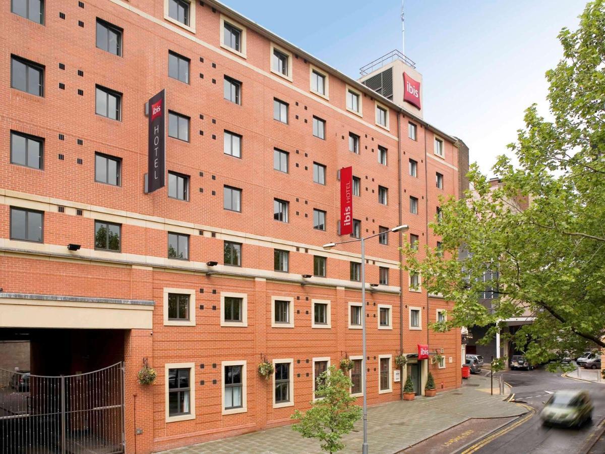 Отель  Ibis Sheffield City  - отзывы Booking