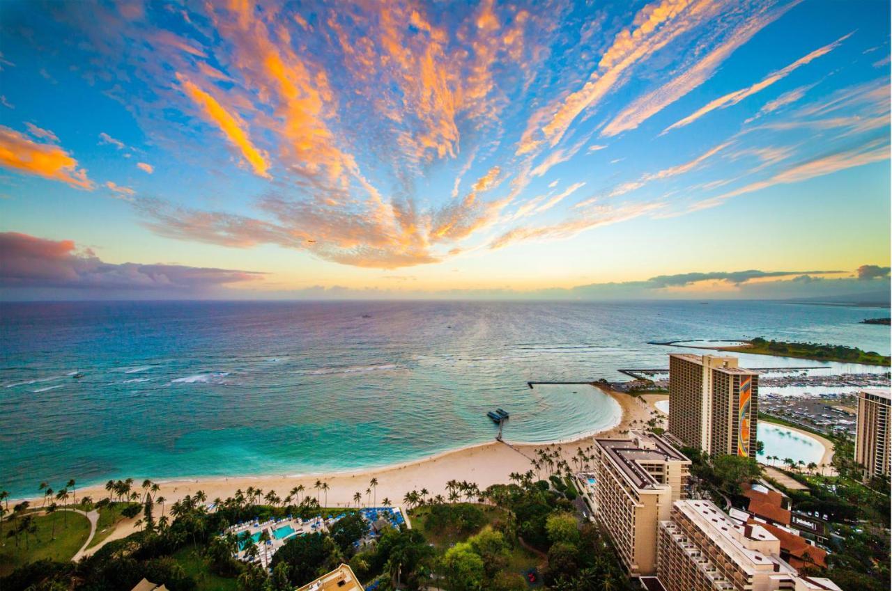 Курортный отель  Grand Waikikian By Hilton Grand Vacations Club