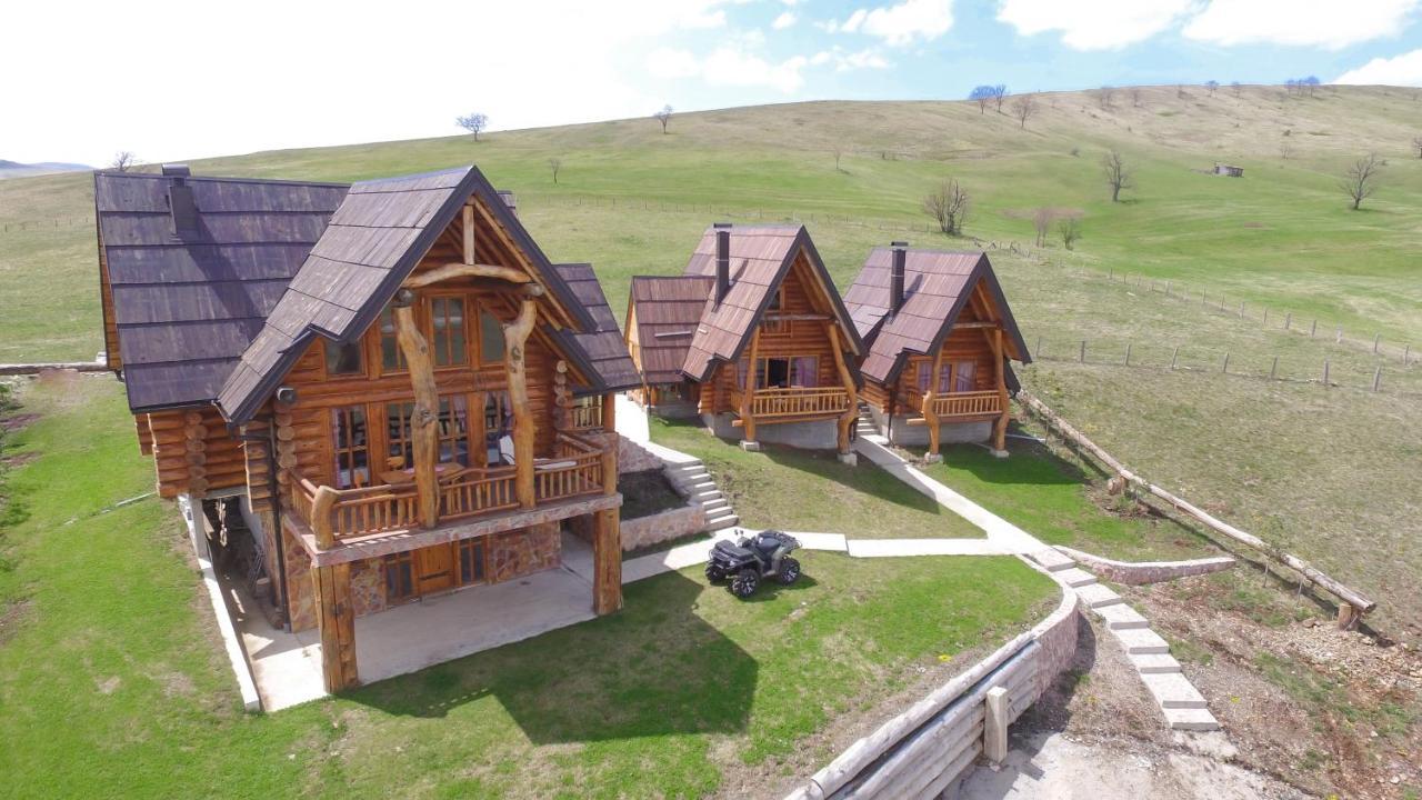 Лодж Wooden Valley Zlatibor Resort - отзывы Booking