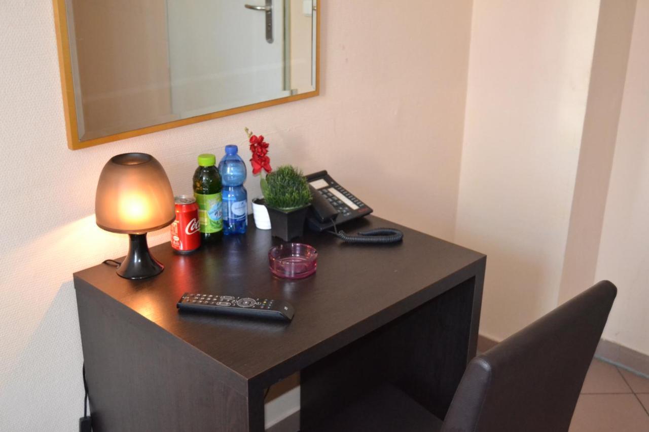 Отель  Angel Hotel  - отзывы Booking