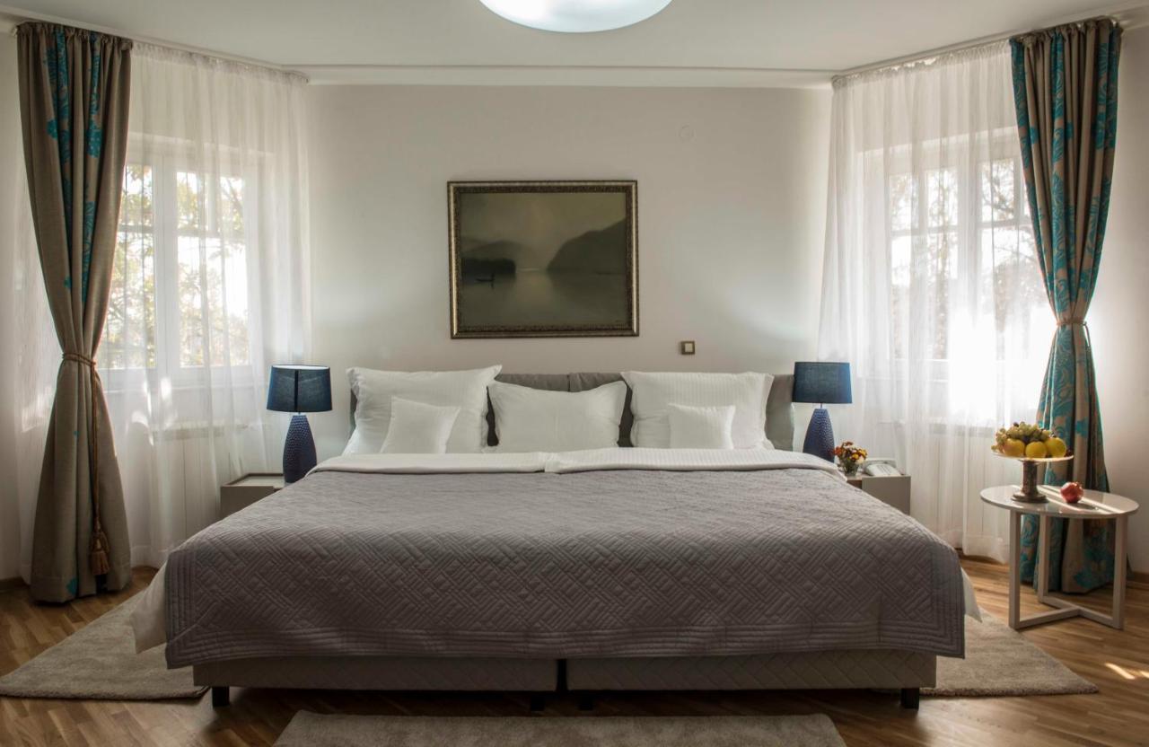Отель  Hotel Radmilovac