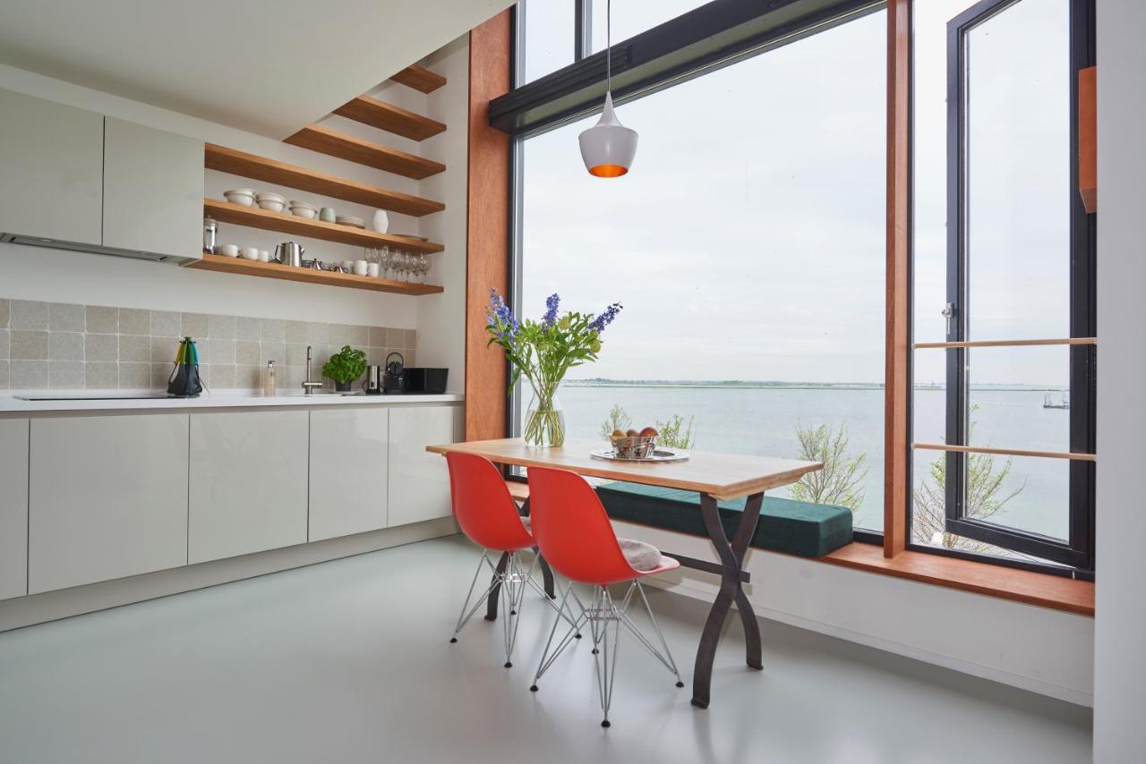 Отель типа «постель и завтрак» Lake View Apartment Amsterdam - отзывы Booking