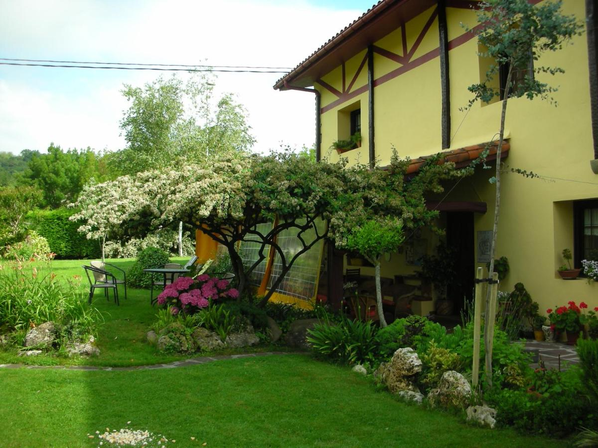 Загородный дом  Casa Rural Montañenea  - отзывы Booking