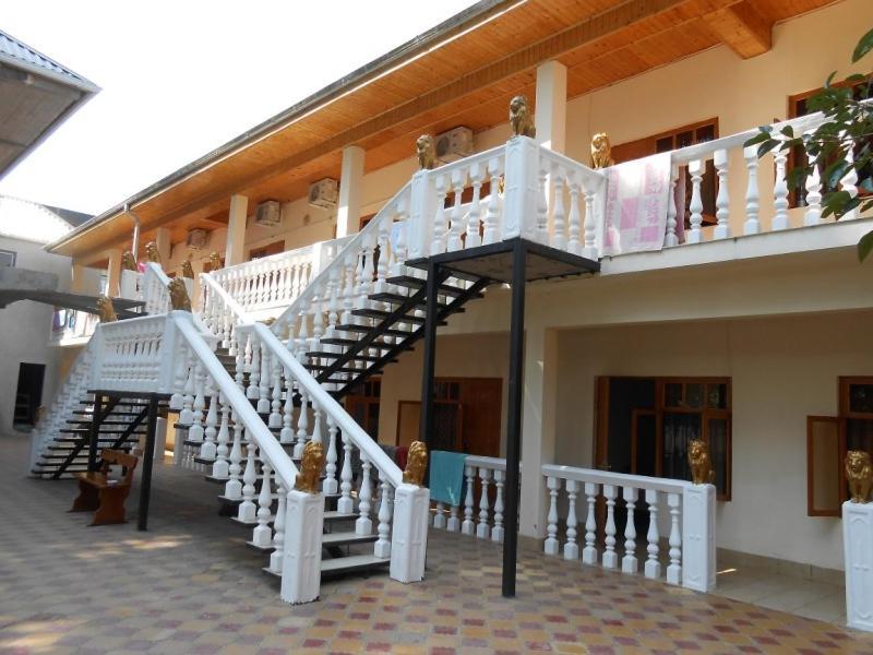 Фото  Гостевой дом  Гостевой дом Гранат