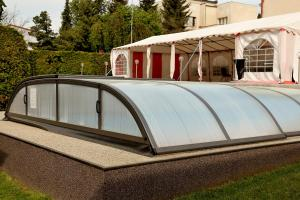 Bazén v ubytování Pension Viola nebo v jeho okolí