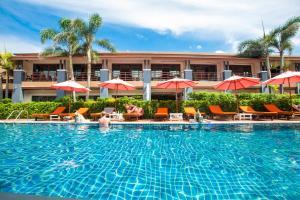 The swimming pool at or close to Sunrise Resort - Koh Phangan