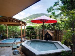 琴平グランドホテル桜の抄の敷地内または近くにあるプール