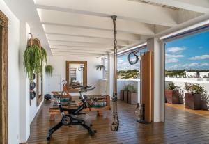 Фитнес-центр и/или тренажеры в Hotel Es Marès