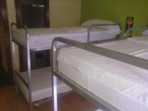 Cama o camas de una habitación en Moon Hostel Bio
