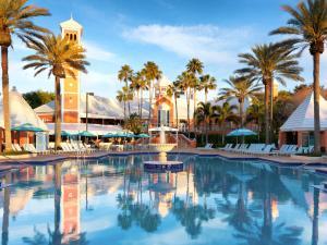 A piscina localizada em Hilton Grand Vacations at SeaWorld ou nos arredores