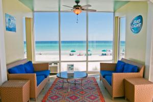 A seating area at Beachside Resort Panama City Beach