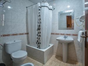 A bathroom at Hotel Legazpi