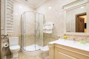 Ванна кімната в Panskiy Dvir
