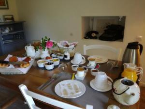 Options de petit-déjeuner proposées aux clients de l'établissement La Petite Boire - Maison d'hôtes - Bed & Breakfast