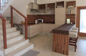 Kuchyň nebo kuchyňský kout v ubytování Penzion Alma