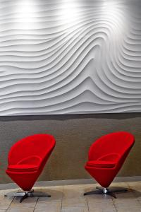 A seating area at Artim Hotel