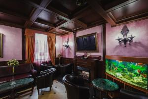 The lounge or bar area at Boutique Hotel Renaissance