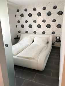 Ein Bett oder Betten in einem Zimmer der Unterkunft Apartment Lori