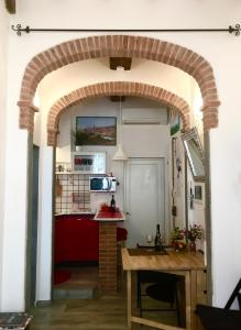 A kitchen or kitchenette at Conte Canacci
