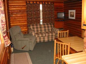 A seating area at Bakers Narrows Lodge and Conference Center