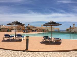 Piscina en o cerca de The View – Santo António Villas, Golf & Spa