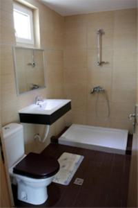 A bathroom at Villa Teo