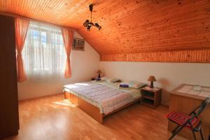 Postel nebo postele na pokoji v ubytování Apartment Josipa