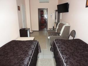 A seating area at Perekrestok Hotel