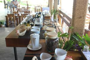 A restaurant or other place to eat at Koh Yao Yai Hillside Resort