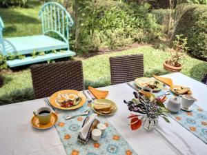 Breakfast options available to guests at Casa De Las Tias