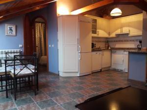 Una cocina o zona de cocina en ORDINO 2 A