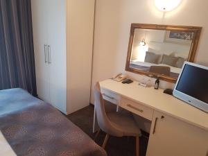A bathroom at Hotel Argentum