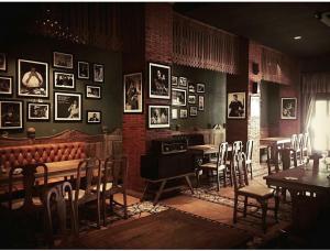 Restoran atau tempat makan lain di Omah Sinten Heritage Hotel & Resto