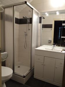 Salle de bains dans l'établissement Hôtel Restaurant Aux Touristes