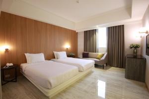 華夏國際飯店房間的床