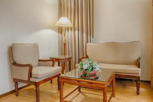 華夏國際飯店休息區